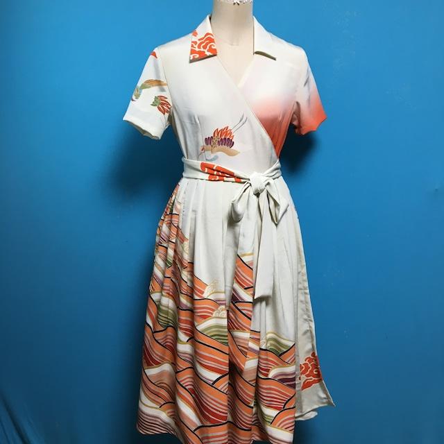Vintage 着物の振袖 橙 ラップワンピース