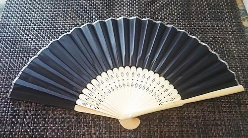 中国 扇子 黒