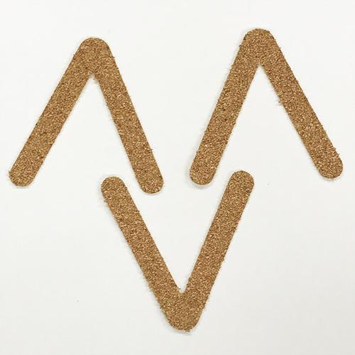 切り文字 A&Cペーパー コルク 粘着付 アルファベット「V」