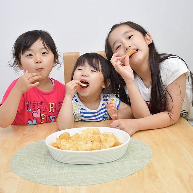 津山ホルモンうどん風味ポテトチップス