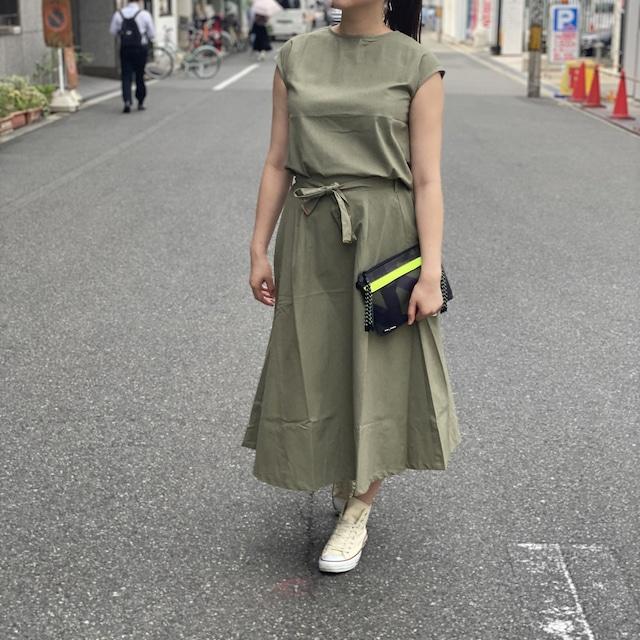 ノースリーブセットアップスカート/カーキ