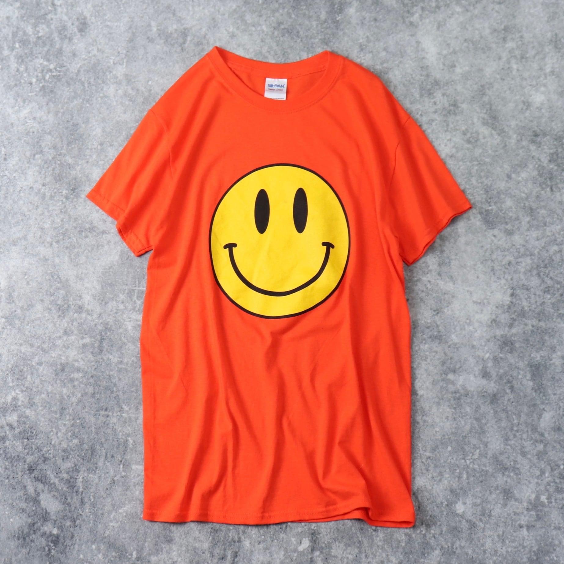 スマイルTシャツ S 古着 A81