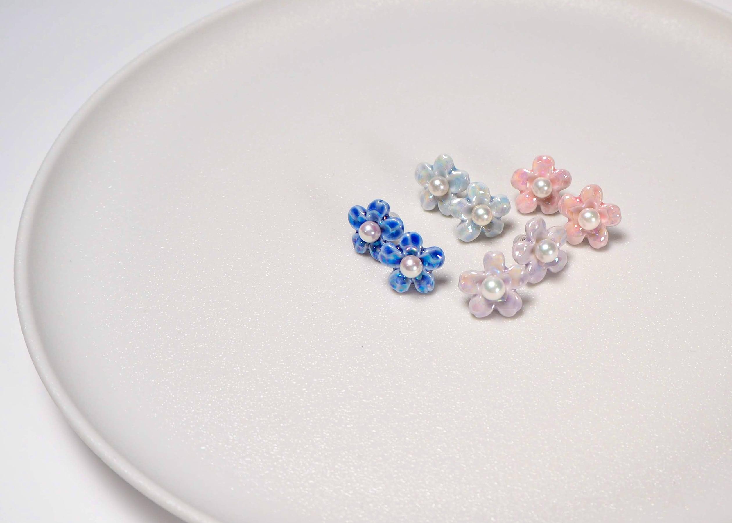 M&C:アコヤ真珠ピアス(Flower 02)