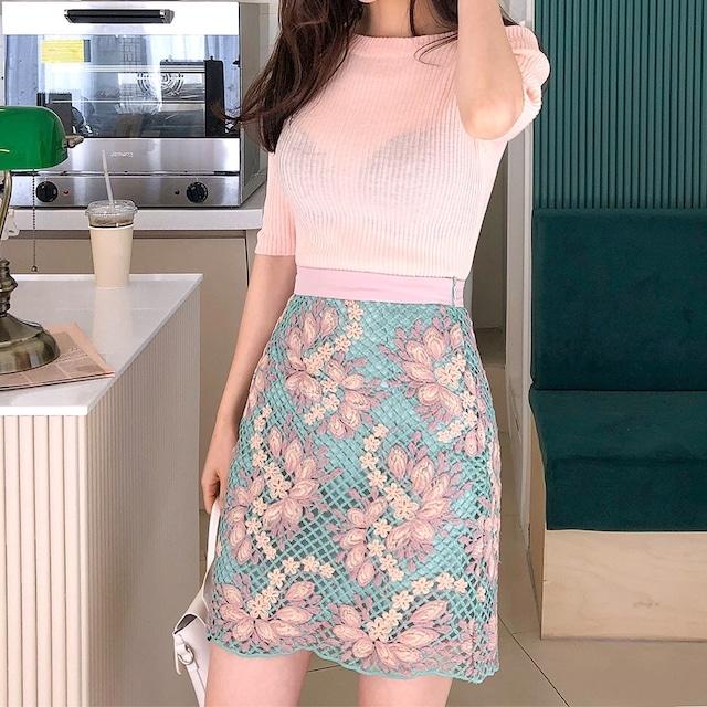 【再入荷】フラワー刺繍グリーンミニ丈スカート