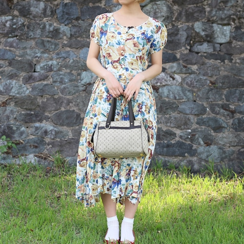 RETRO FLORAL PATTERNED ONE PIECE MADE IN INDIA/レトロ古着花柄ワンピース