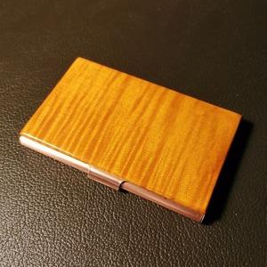 バイオリンの素材で製作した名刺ケース