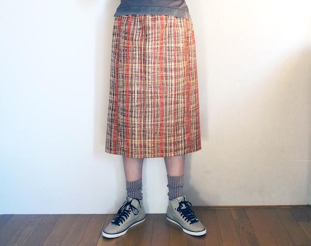 アースカラーにオレンジの格子のスカート【受注制作】 -- 未仕立てシルクウールの着物地から