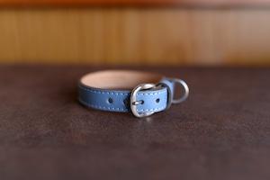 水色の革を使った小型犬用の首輪 ms-17