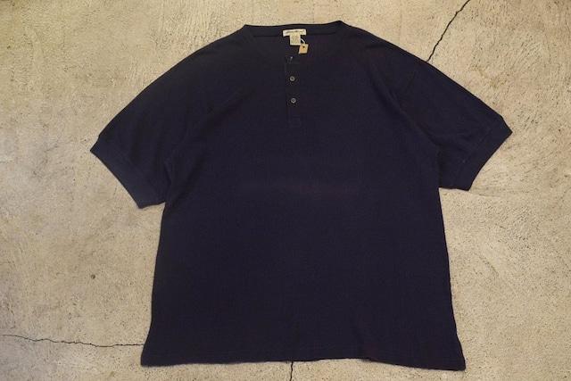 USED 90s Eddie Bauer Henry neck Tshirt -X-Large 0979