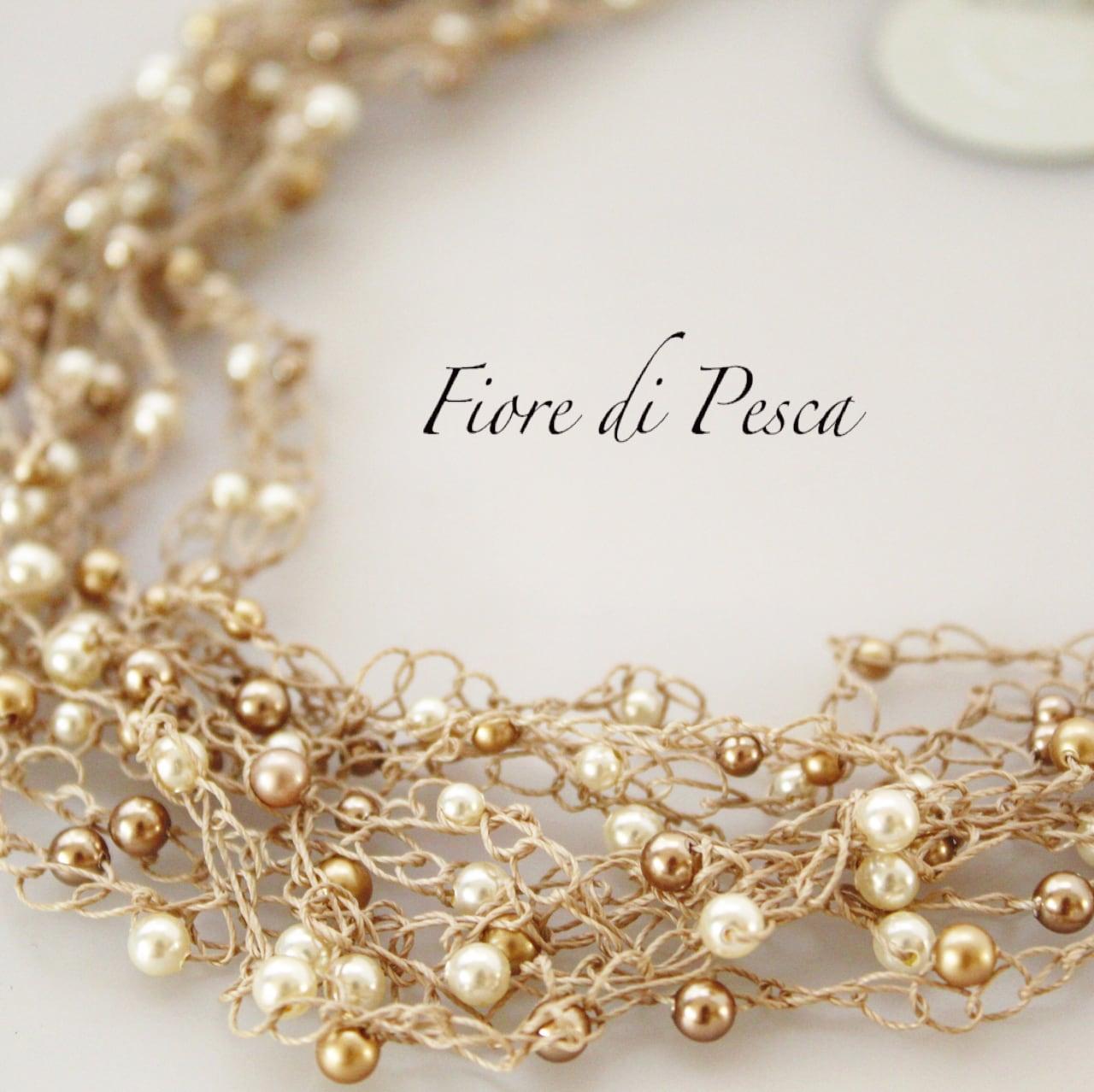 Croshet(gold × pearl) Necklace