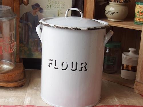 イギリスアンティーク ホーローフラワー缶