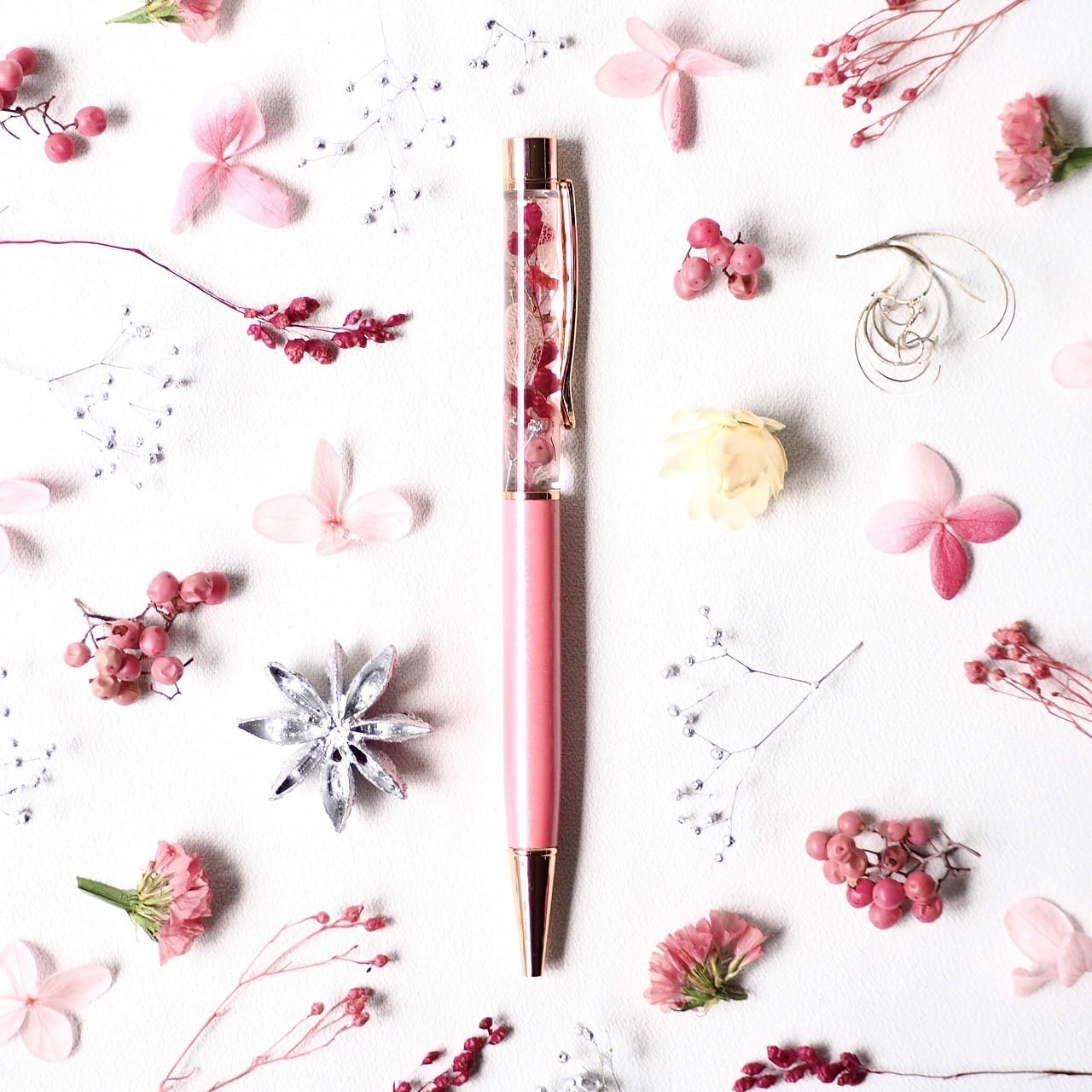 ハーバリウムボールペン『唐紅』(金属部:ローズゴールド)