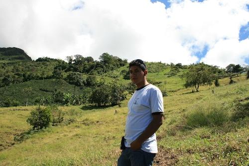ペルー フェスパ農園 ウィダーガルシアさんより 浅煎り 100g