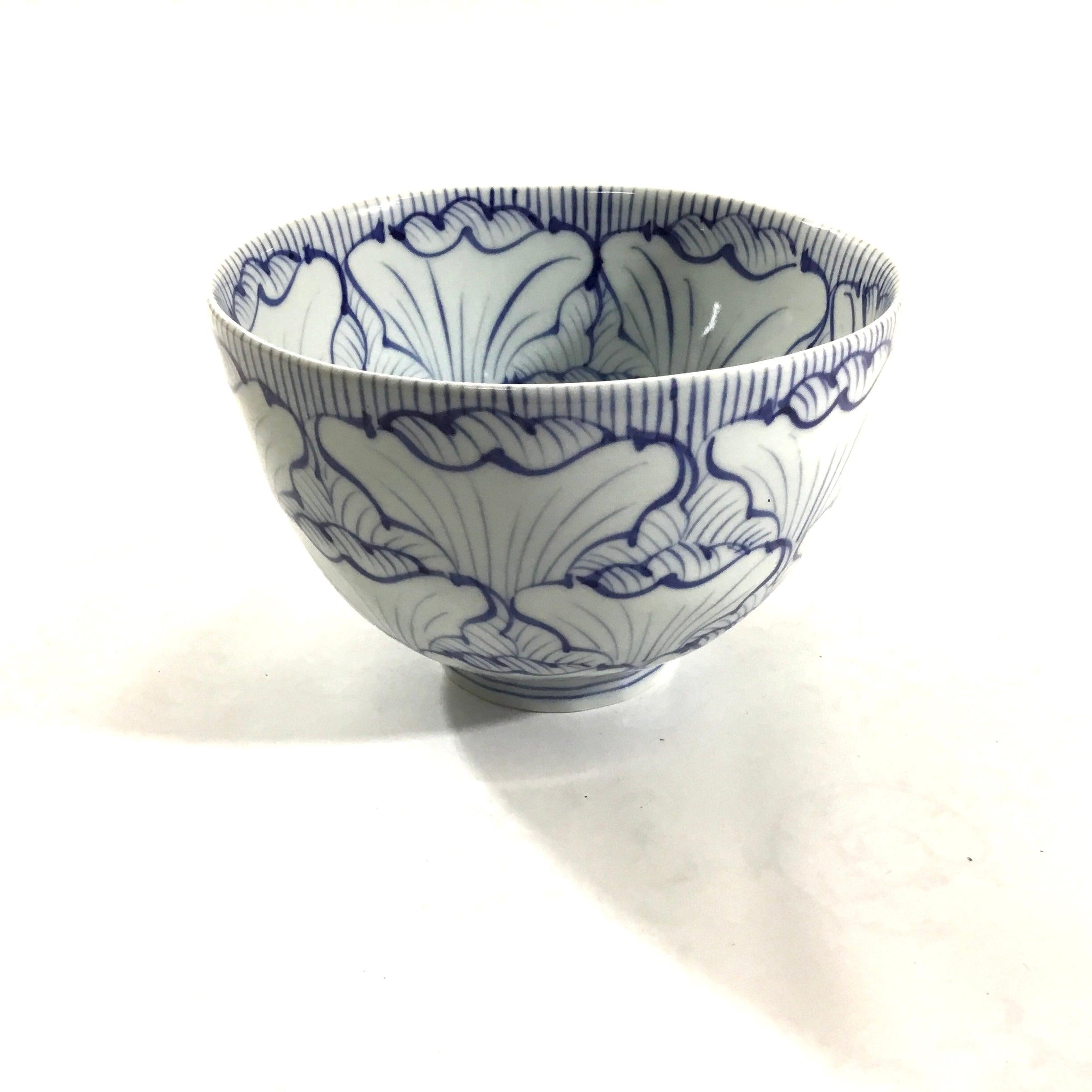 花弁紋麺鉢