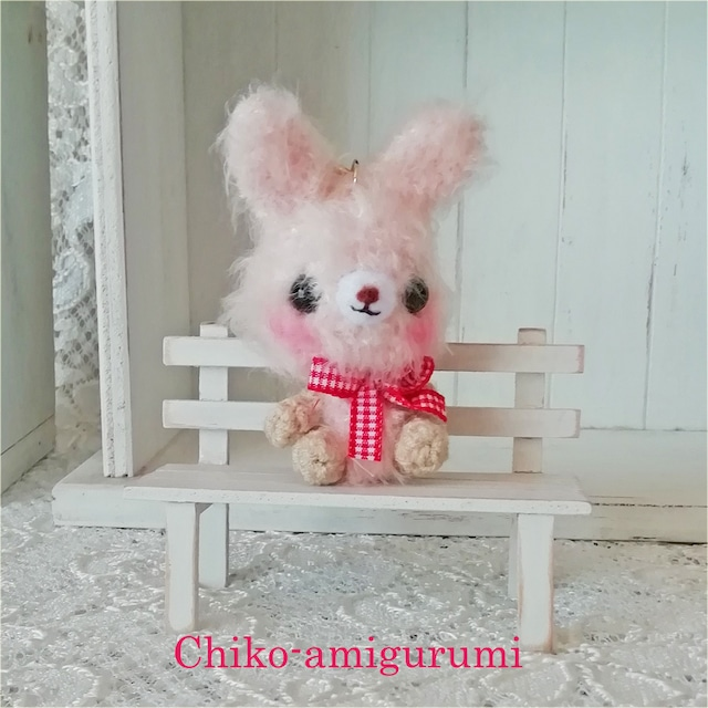 Chiko-amigurumi:星キーホルダー の うさぎさん♪ あみぐるみキーホルダー