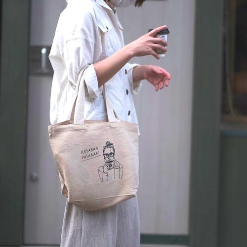 ケサパサのオリジナルトートバッグ