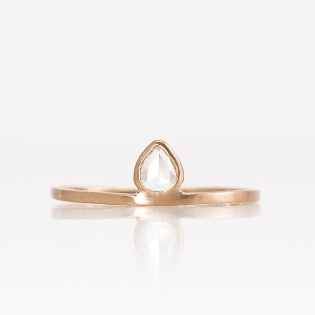Rosecut diamond ring / Lotus bud