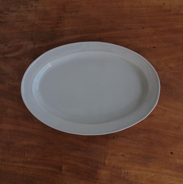 稲村真耶|白磁8.5寸リム楕円皿