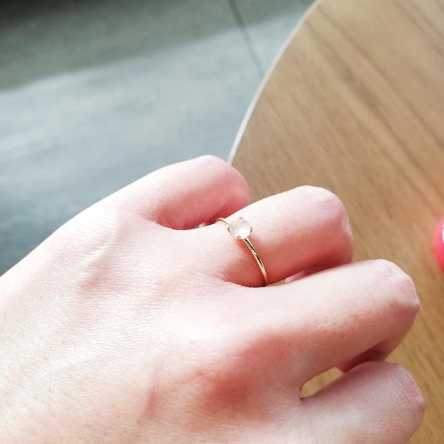 10月誕生石/ローズクォーツ4本爪指輪(14kgf)