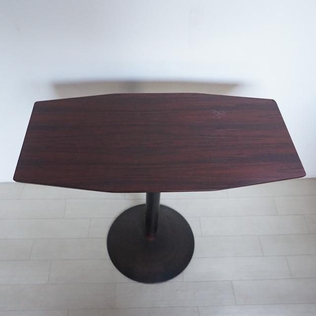 エデン テーブル