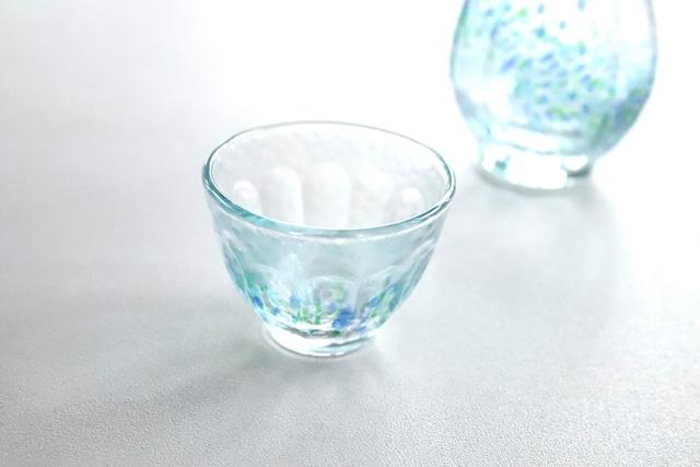 【SP3D30-01】『和ガラス』『手作りのガラスぐい呑み』『花つづり盃』 日本酒 ガラス盃 手作り 風情ある ハンドメイド