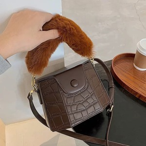 far handle design bag