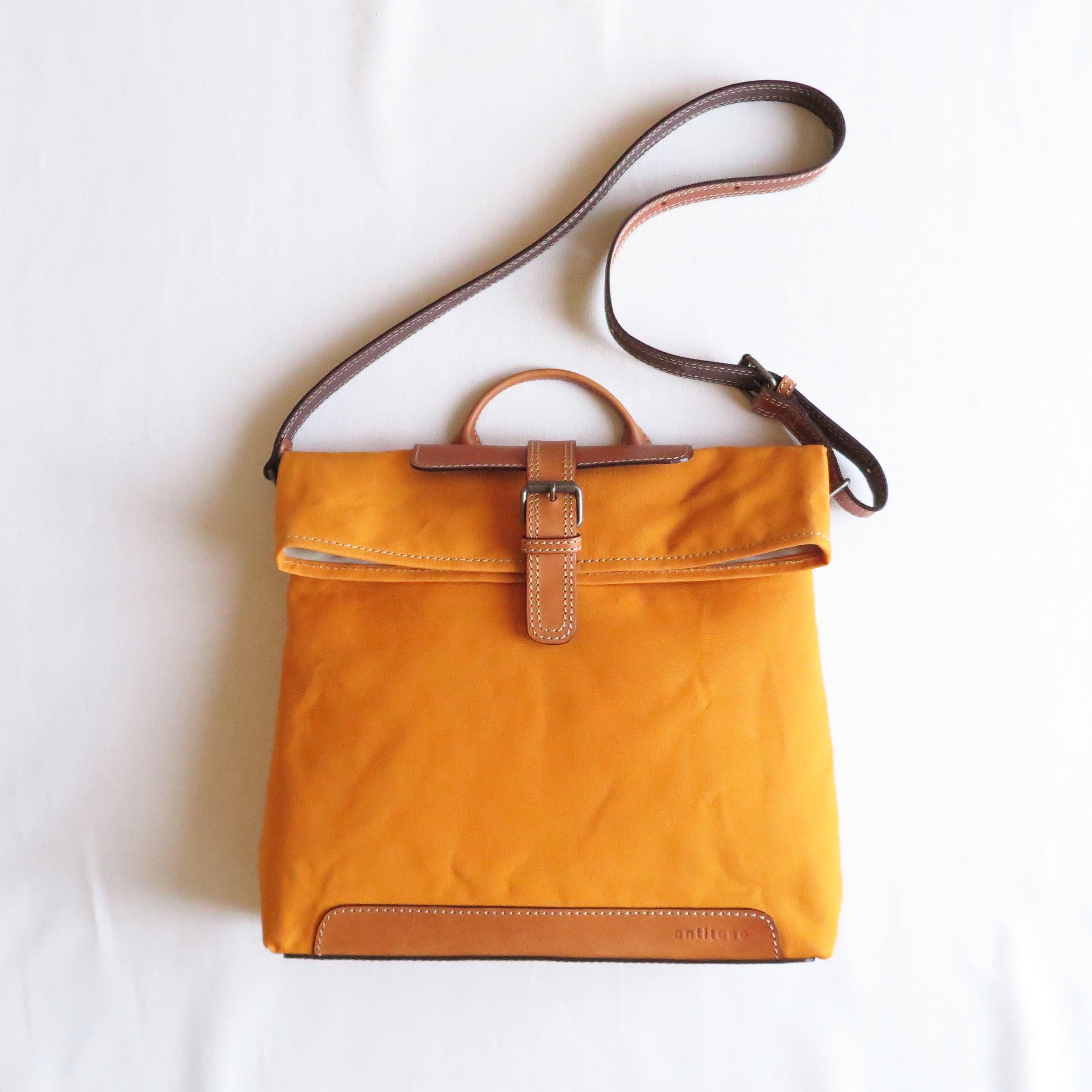 Paraffin canvas messenger bag ORANGE