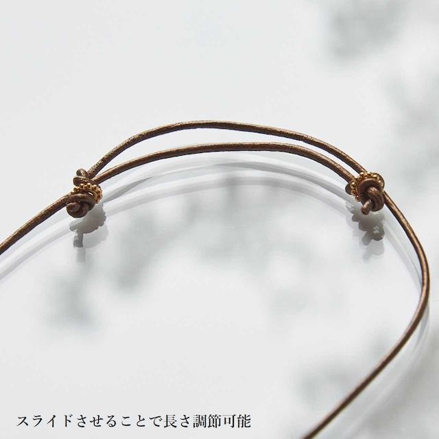 【ゴールデンシャドウ】スワロフスキー ペアシェイプ型サンキャッチャーネックレス