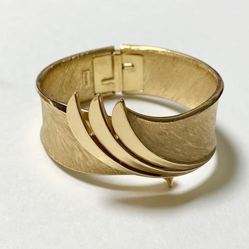Vintage Trfari Gold Tone Hinge Bracelet