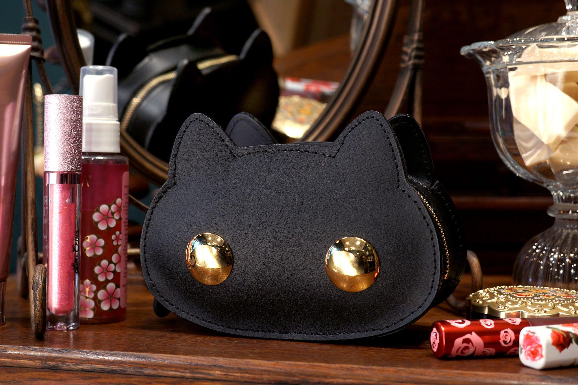 ねこすめぽーち 黒猫(猫顔の牛革製コスメポーチ)