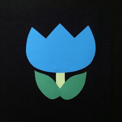 チューリップ(青)の壁面装飾