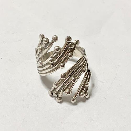 Vintage BEAU STERLING Design Silver Ring
