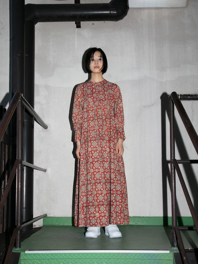 【再入荷】LAURA DRESS
