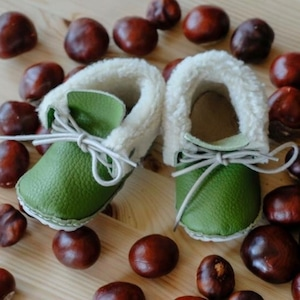 《First Baby Shoes》Model : RIE ファーストシューズ手作りキット Green