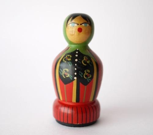 ポーランド 糸巻木製人形 民族衣装 手芸手縫いハンドメイド こけし