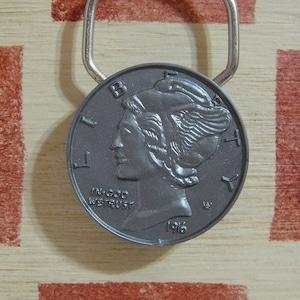 アメリカ RARE COIN SHOWRINGS 銀行ノベルティ ヴィンテージキーリング(マーキュリーダイム)