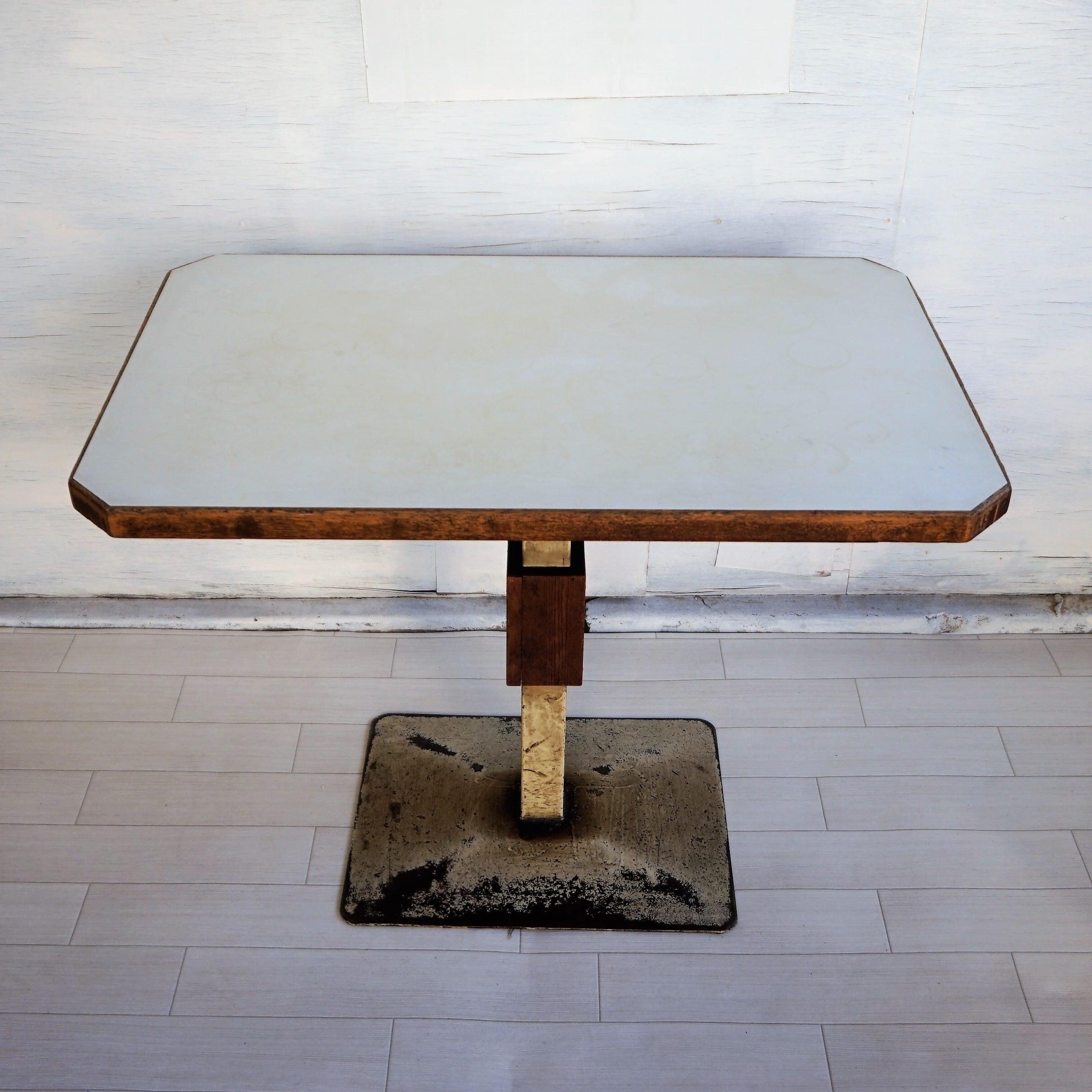 ナポリ テーブル