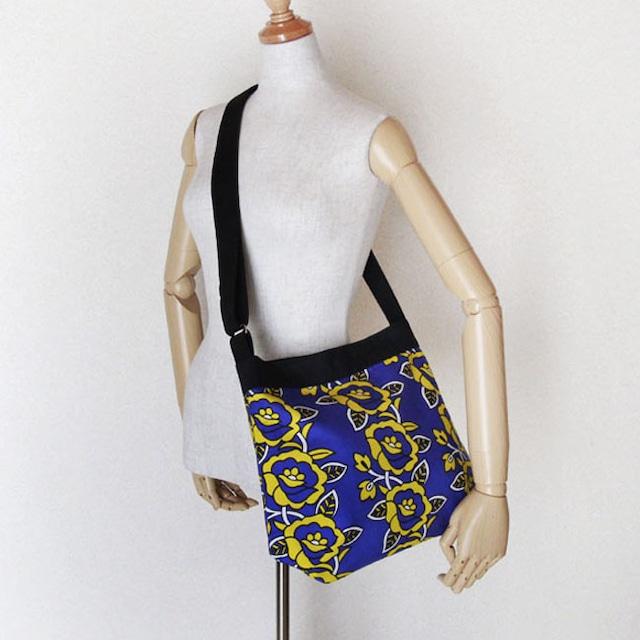 カンガのショルダーバッグ|薔薇柄 / アフリカ布バッグ / アフリカンプリント