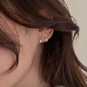 gold simple earring[A1]
