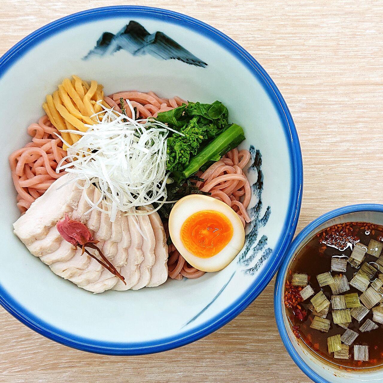 【季節限定】春の白醤油つけ麺(割りスープ付き)