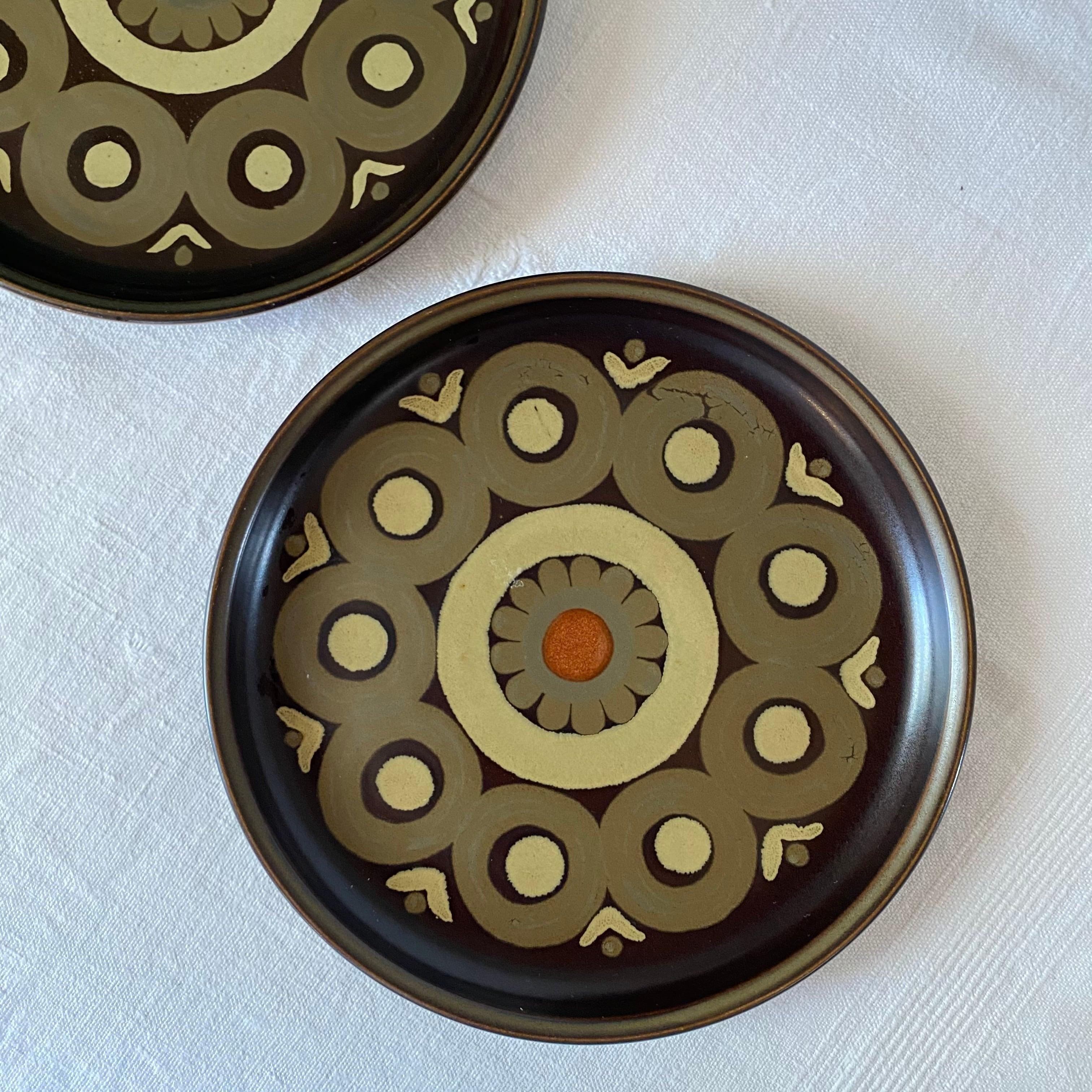 アラベスクなケーキ皿