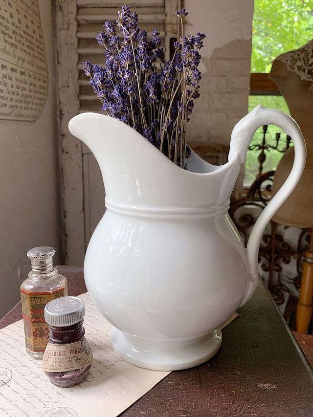 陶器 白のピッチャー ジャグ ホワイト 花器