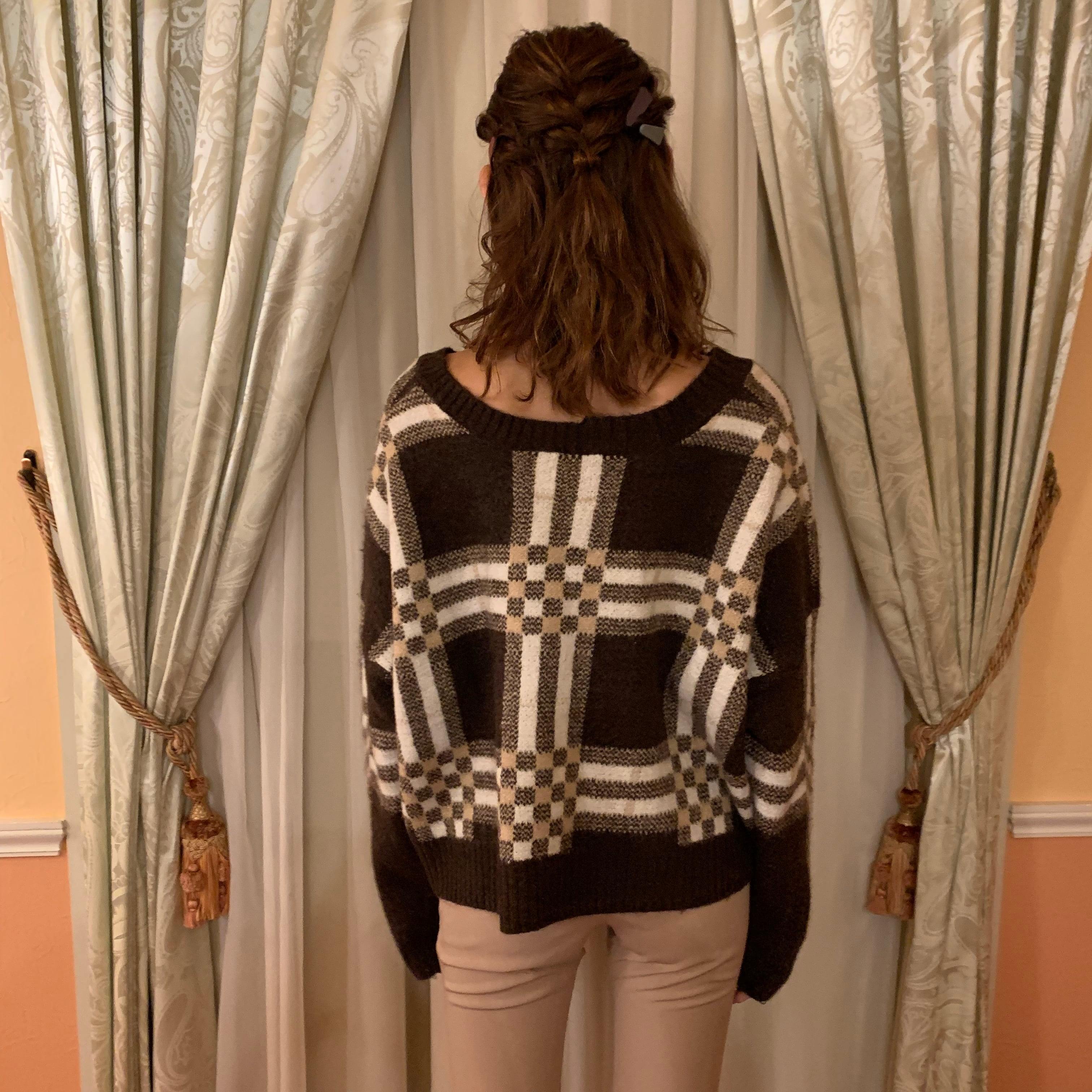 vneck check knit
