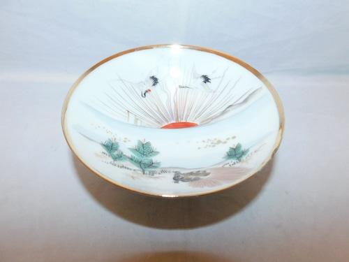 鶴亀松盃 porcelain sake one cup
