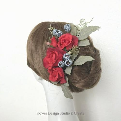 赤い薔薇とユーカリトランペットのヘッドドレス クリスマス 髪飾り 結婚式 花嫁ヘア ブライダルヘア 赤い薔薇 ウェディング