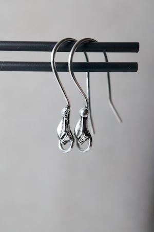 Staring Silver Earrings -004