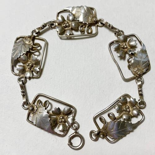 Vintage Sterling Flower Link Braclet