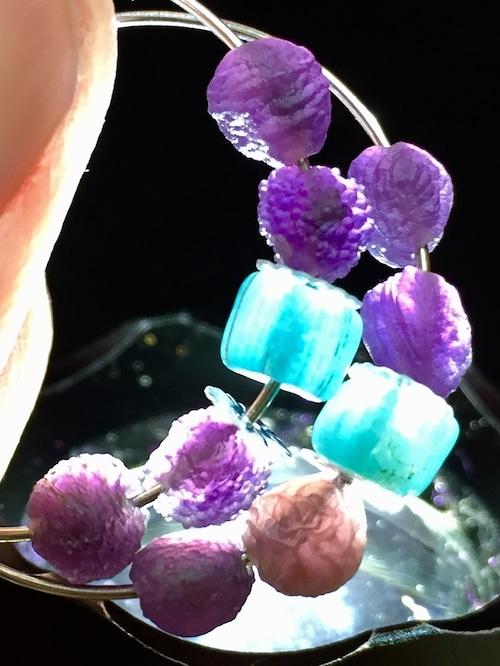 2) 紫ゴビアゲート「卑弥呼」ピアスA