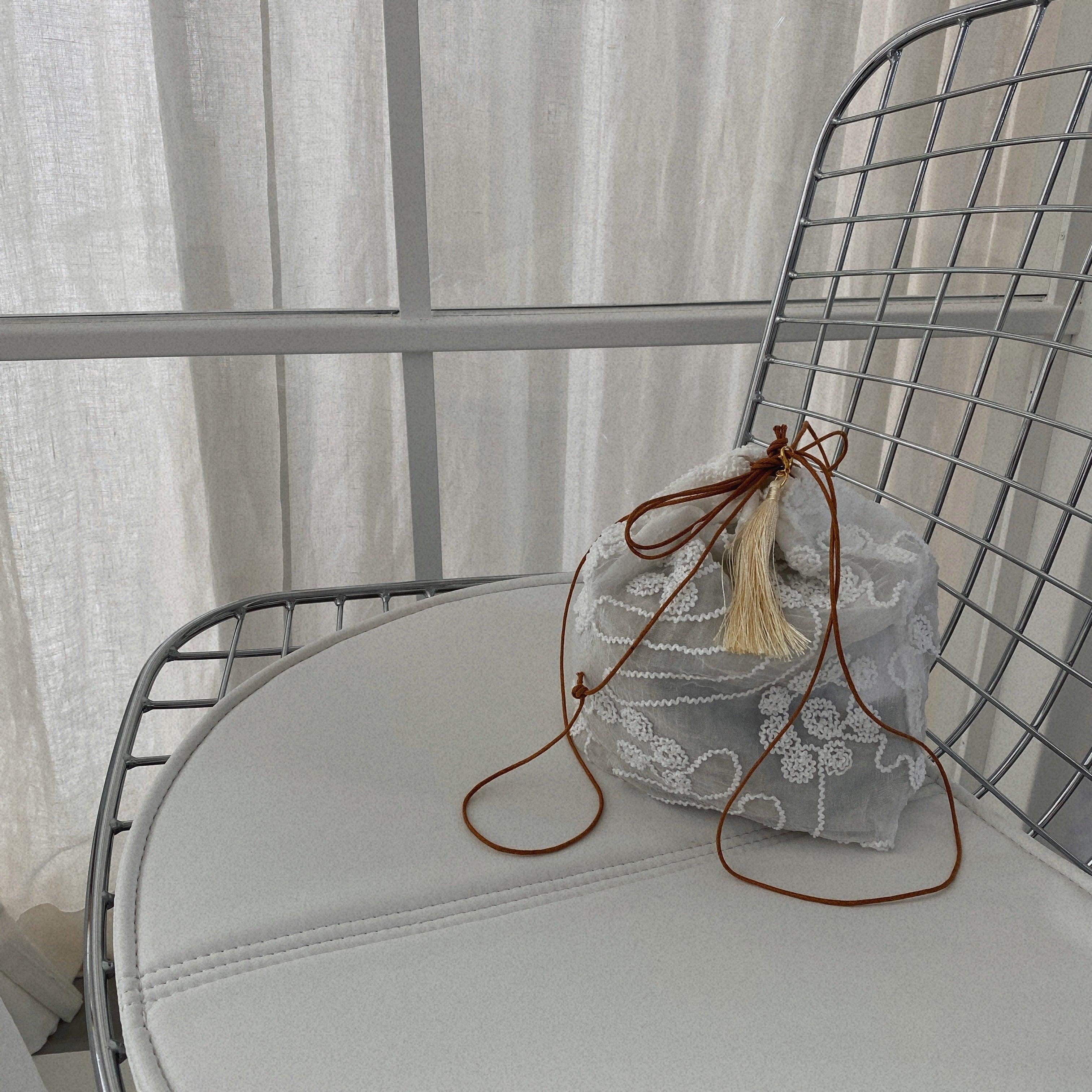 タッセル巾着bag/ホワイト