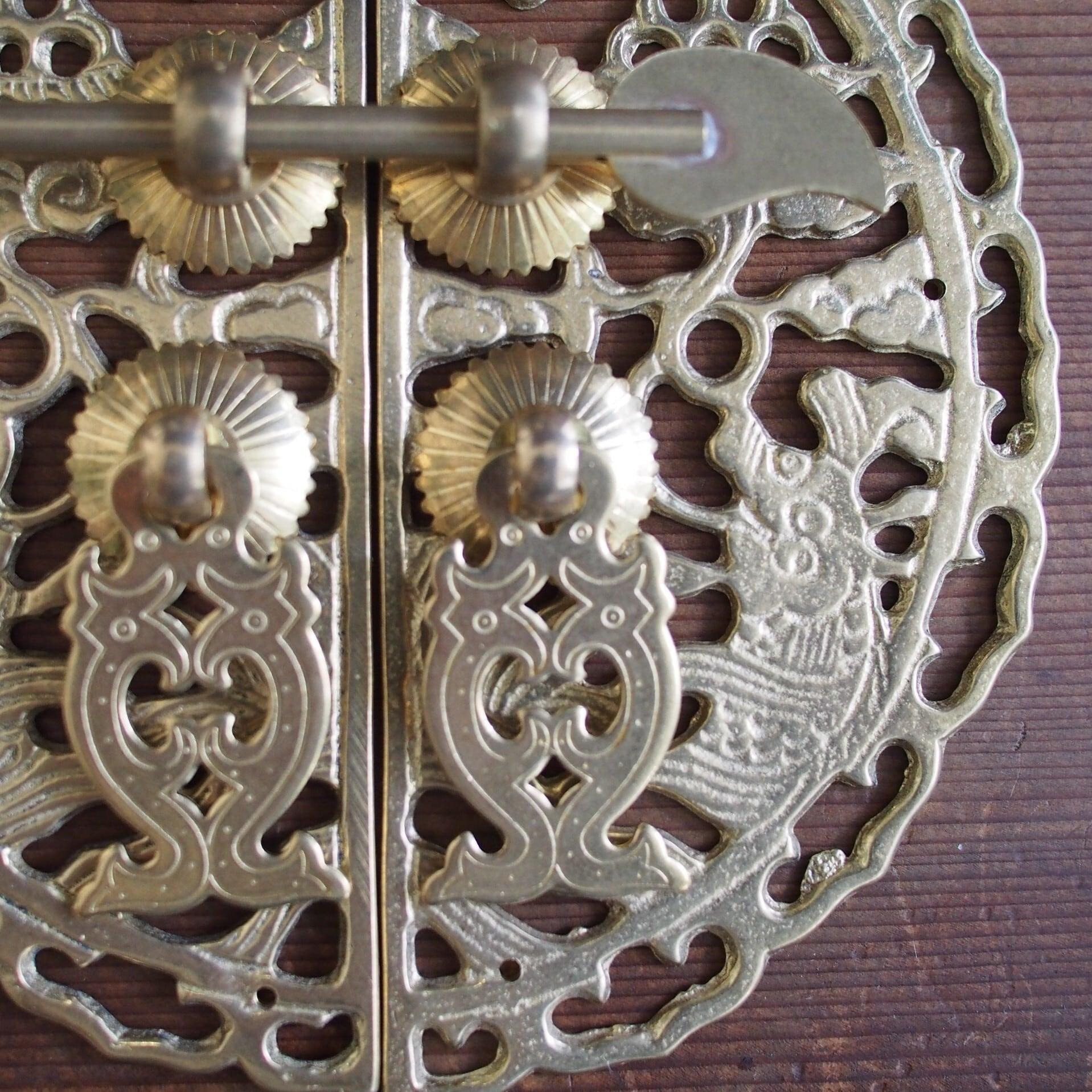 『オリエンタル金具/吉祥双魚』錠付きドア飾り/取っ手【中国真鍮金具】